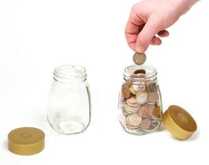 Tarro de cristal con monedas