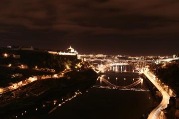 Vista nocturna da cidade do Porto, Portugal