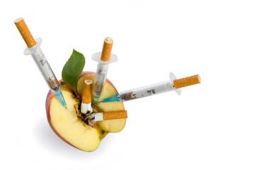 cigarette syringe in aple