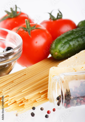 fresh vegetables with pasta