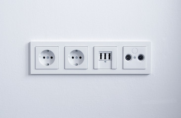 Steckdose, Telefonanschluss, DSL Strom, eckig 2