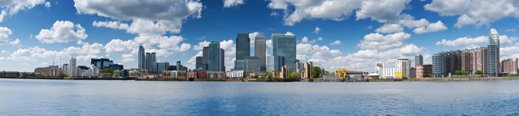 HUGE-Canary Wharf Skyline