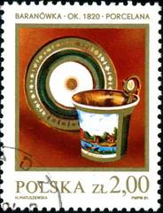 Polska. Vaisselle ancienne. Timbre postal.