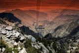 Fototapeta góra - zamontować - Kolejki linowe