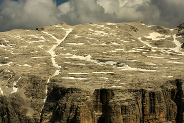 Le Dolomiti: il costone