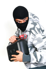 Benzinraub