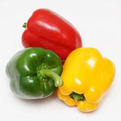 rote gelbe grüne paprika