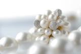 Fototapeta ring - perły - Biżuteria