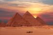 Leinwanddruck Bild - pyramid sunset