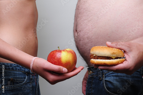 Fototapete Essen - Menschen beim Mittagsessen - Poster - Aufkleber