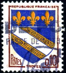 République française. Troyes. Timbre postal oblitéré.