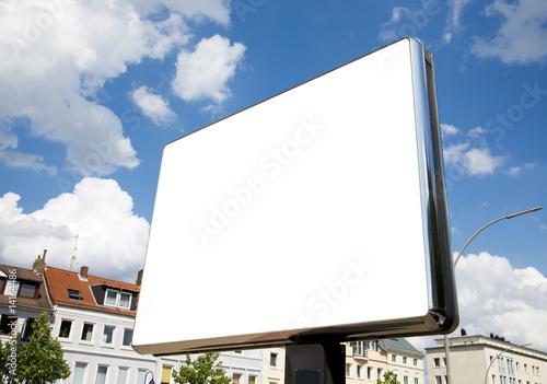 leere Plakatfläche in der Fußgängerzone - 14164486