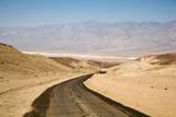 Death Valley, Interstate 187, Strasse Richtung Badwater poster