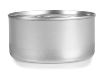 Tin can. Clipping path.