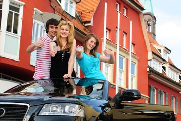 Jugendliche mit Cabriole