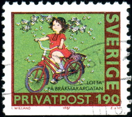 Sverige. Privatpost. Fillette à vélo. Timbre postal.
