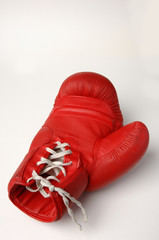 Roter Boxhandschuh