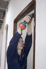 installs door