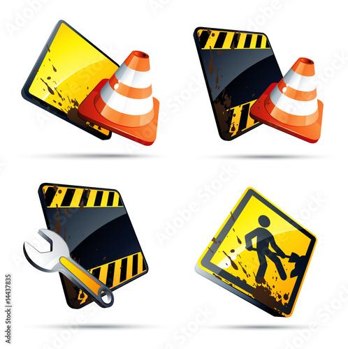 Panneaux et outils de chantier / Travaux en cours
