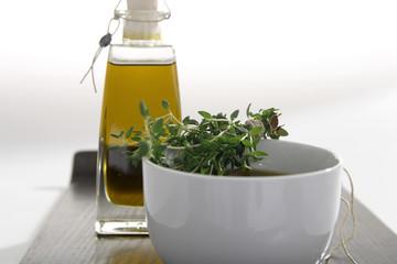Oele Olivenoel mit Kraeutern