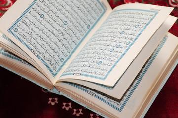 Open Koran.
