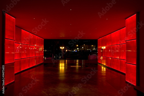 tunel-swiatla-czerwonego