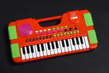 organo elettronico giocattolo