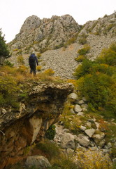 Woman mountainering in np paklenica
