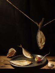 Three fishes with radish