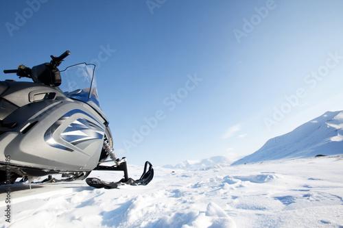 Foto op Plexiglas Antarctica 2 Snowmobile Winter Landscape