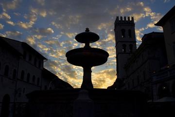 Assisi Shiluette