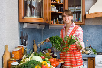 Girl don't know what to do with parsley