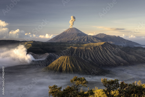 Foto op Plexiglas Indonesië Mount Bromo volcano after eruption, Java, Indonesia