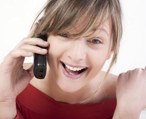 jeune femme communication heureuse