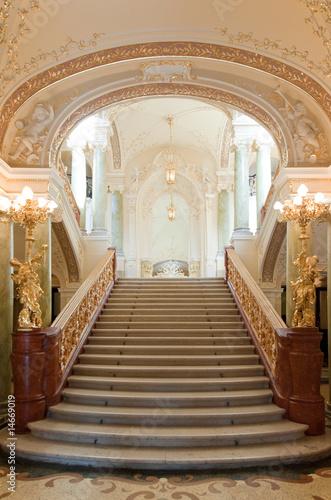 Papiers peints Opera, Theatre luxury stairway