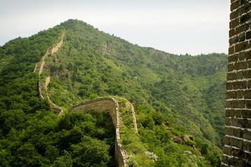 vista della grande muraglia. montagna cinese nello hebei