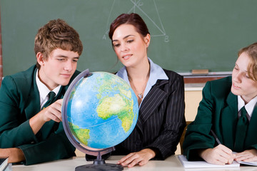 studying geography with teacher
