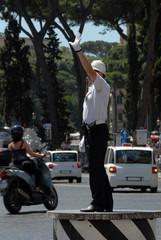 vigile urbano a Roma 4
