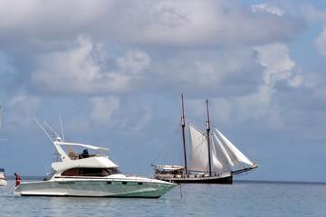 Sailing & luxury speed boats