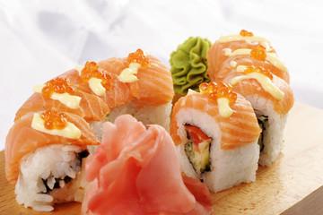 Sushi sake Futomaki