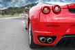 Leinwandbild Motiv voiture de sport rouge