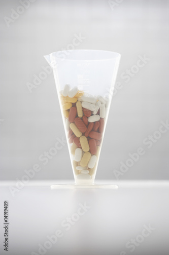 Pills in funnel