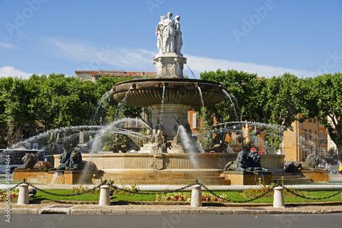 Papiers peints Fontaine fontaine aix en provence