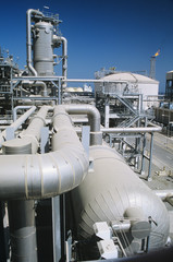 Pipe system in refinery