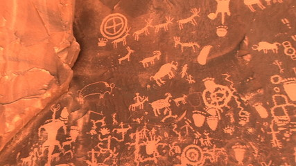 Petoglyphs, Newspaper Rock Recreation Site, Utah, zoom in