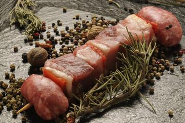 Spiedino di carne suina e spezie