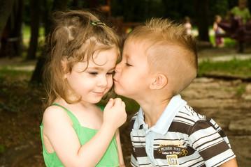 Il primo bacio