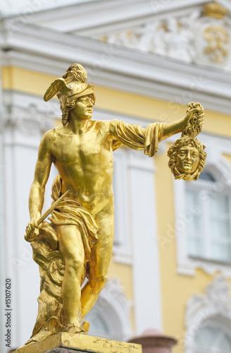 Leinwanddruck Bild Statue of Perseus with the head of the gorgon Medusa, Petergof,