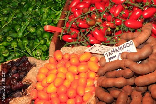 Exotische Gemüsesorten,Tamarindo,Kumkuat,Pementos,Datteln