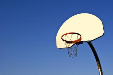 Outdoor basketball net